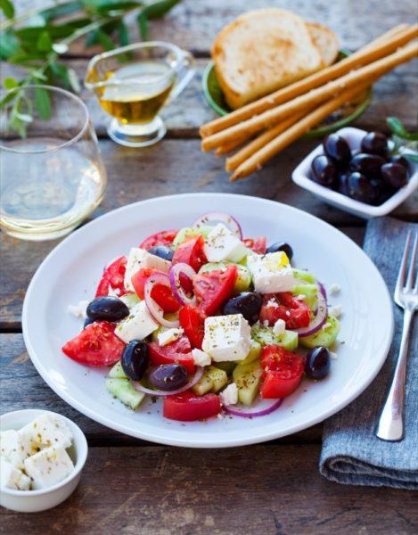 greek salad 319490749