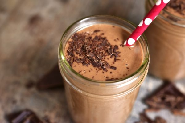 Peanut Butter And Cacao Smoothie 105448972